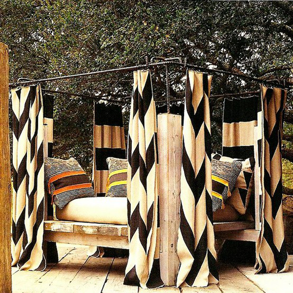 Design Detail: Outdoor Lounges