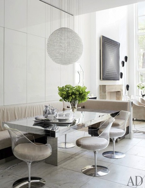 item4.rendition.slideshowWideVertical.delphine-krakoff-new-york-city-04-kitchen-dining-area-paul-evans-table-holly-hunt-fabrics